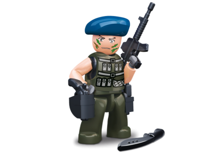 Bild på Sluban Cop with Blue Beret M38-B0585A