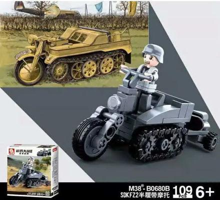 Sluban M38-0680B German WWII Kettenrad